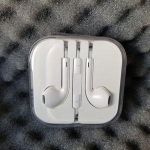 Iphone apple headphones